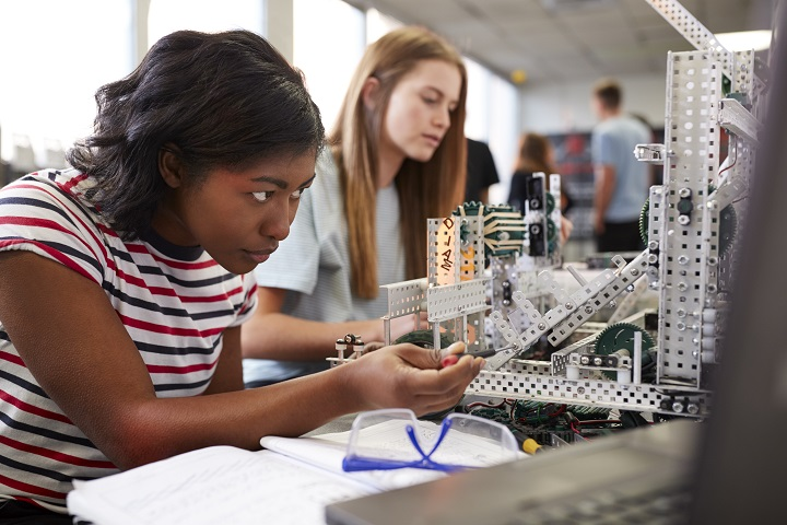 Gender Diversity in STEM: How can your business do more?